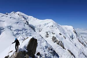 Fotos Gebirge Bergsteigen Felsen Schnee Bergsteiger