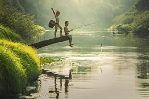 Hintergrundbilder Flusse Asiatische Fischerei Morgen Fische Zwei Junge Kinder