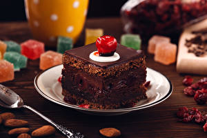 Pictures Confectionery Little cakes Chocolate Plate Food