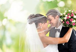 Bilder Sträuße Paare in der Liebe Trauung Zwei Lächeln Querbinder Bräutigam Brautpaar Umarmung Mädchens