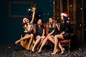 壁纸,,新年,香槟酒,保暖帽,酒杯,腿,快乐,坐,女孩,