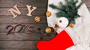 Fotos Neujahr Zimt Kekse Sternanis Bretter 2019 Ast Stiefel Kugeln Marshmallow Lebensmittel