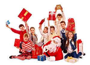 Hintergrundbilder Neujahr Viel Weißer hintergrund Junge Kleine Mädchen Weihnachtsmann Geschenke Kinder