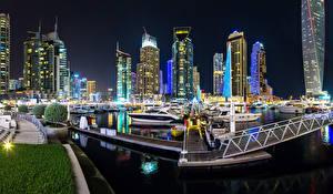 Bakgrunnsbilder De forente arabiske emirater Dubai Bygninger Båthavn Natt En bukt Byer
