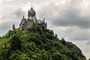 Fotos Deutschland Burg Cochem Felsen Gewitterwolke Türme Rheinland-Pfalz Städte