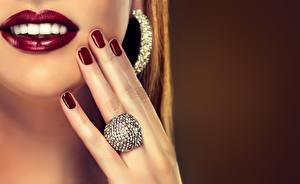Bilder Lippe Schmuck Finger Zähne Lächeln Ring Maniküre