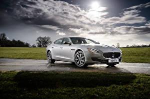 Bilder Maserati Silber Farbe 2013-16 Quattroporte S Autos