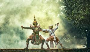 Fotos Maske Asiatische Uniform Tanz Schlägerei Zwei Nebel Kinder