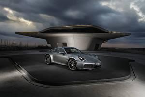 Fotos Porsche Grau Carrera 4S 992 2019