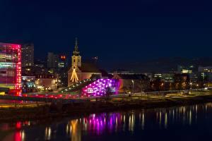 Bilder Flusse Österreich Kirche Nacht Laterne Linz, Danube