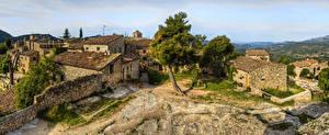 Bilder Spanien Haus Zaun Bäume Ciurana de Prades Catalonia Städte