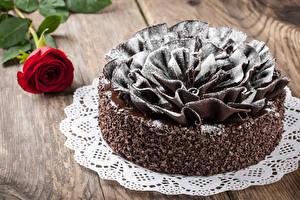 Hintergrundbilder Süßigkeiten Torte Schokolade Rosen Bretter Design