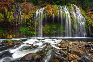 Bilder Vereinigte Staaten Wasserfall Herbst Steine Kalifornien Felsen Mossbrae Falls Natur