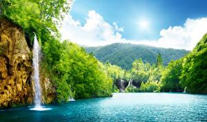 Hintergrundbilder Wasserfall Wälder Flusse Sommer Landschaftsfotografie Felsen Natur