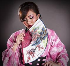 Bilder Asiatische Kimono Schminke Mädchens
