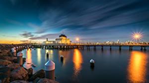 Bilder Australien Melbourne Abend Seebrücke Steine Bucht Straßenlaterne Kilda West Natur