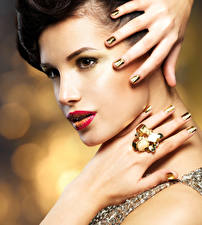 Pictures Fingers Jewelry Face Manicure Ring Girls