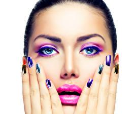 Bilder Finger Lippe Weißer hintergrund Gesicht Schminke Maniküre Mädchens