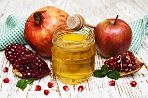 Hintergrundbilder Honig Äpfel Granatapfel Bretter Einweckglas Getreide Lebensmittel