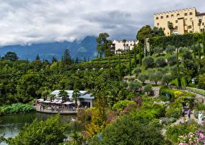 壁纸、、イタリア、庭園、城、池、木、低木、Trauttmansdorff Castle Gardens Merano、