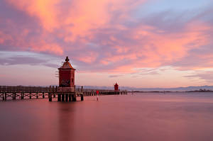 Hintergrundbilder Italien Schiffsanleger Leuchtturm Sabbiadoro