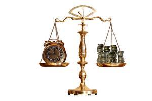Hintergrundbilder Geld Münze Uhr Wecker Weißer hintergrund
