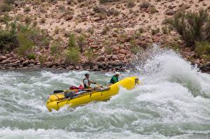 Picture Rivers Boats Men Rafting Uniform Water splash