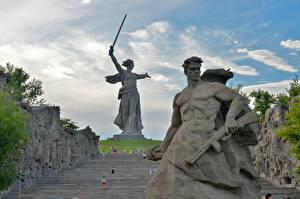Pictures Russia Monuments Man Volgograd The Motherland Calls, Mamayev Kurgan