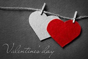 Hintergrundbilder Valentinstag Grauer Hintergrund Englisches Herz Zwei Wäscheklammer