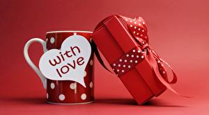 Wallpapers Valentine's Day Red background Mug Heart English Present Bow knot