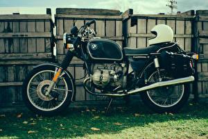 Hintergrundbilder BMW - Motorrad Antik Zaun Gras Helm r90/6