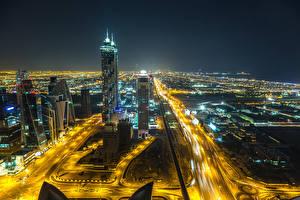 Bakgrunnsbilder De forente arabiske emirater Dubai Skyskrapere Veier Megalopolis Natt