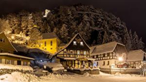 壁纸、、ドイツ、冬、建物、雪、ストリート、夜、街灯、Oybin、