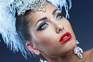 Papel de Parede Desktop Joalharia Olhos Face Ver Maquilhagem Lábios vermelhos Brinco moça