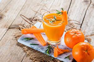 Wallpapers Juice Mandarine Carrots Wood planks Highball glass