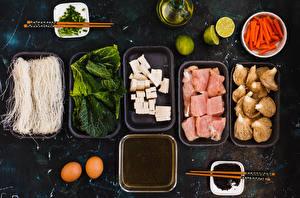 Bilder Fleischwaren Pilze Käse Limette Mohrrübe Gemüse Eier Essstäbchen