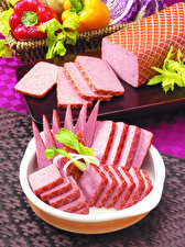 Bilder Fleischwaren Wurst Geschnitten Lebensmittel