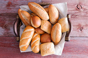 Fotos Backware Brot Brötchen Bretter Lebensmittel