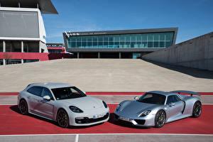 Fotos Porsche 2 918 Spyder, Panamera Sport Turismo