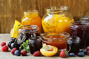 Photo Fruit preserves Raspberry Blueberries Strawberry Plums Jar Food