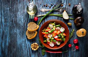 Hintergrundbilder Salat Gemüse Brot Radieschen Chili Pfeffer Flasche