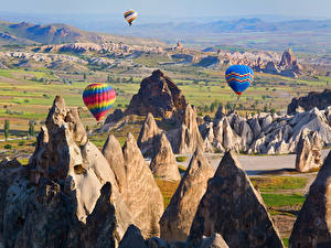 Bilder Türkei Park Felsen Fesselballon Cappadocia