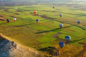 Bilder Türkei Park Felder Fesselballon Cappadocia Natur