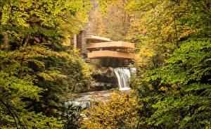 Hintergrundbilder USA Herbst Wälder Wasserfall Gebäude Kaufmann House Pittsburgh Natur