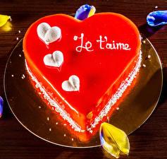 Hintergrundbilder Valentinstag Süßware Torte Teller Herz das Essen