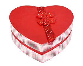 Wallpapers Valentine's Day White background Present Box Heart Bowknot