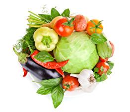 Bilder Gemüse Kohl Tomate Aubergine Chili Pfeffer Knoblauch Weißer hintergrund