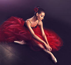 Fotos Ballett Brünette Kleid Hand Mädchens