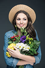 Wallpapers Bouquets Gray background Brown haired Hat Hands Smile Girls