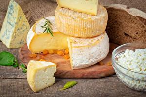 Hintergrundbilder Käse Großansicht Schneidebrett Stücke das Essen